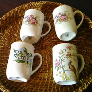 Set of 4 Royal Crown Staffordshire Tea Cups